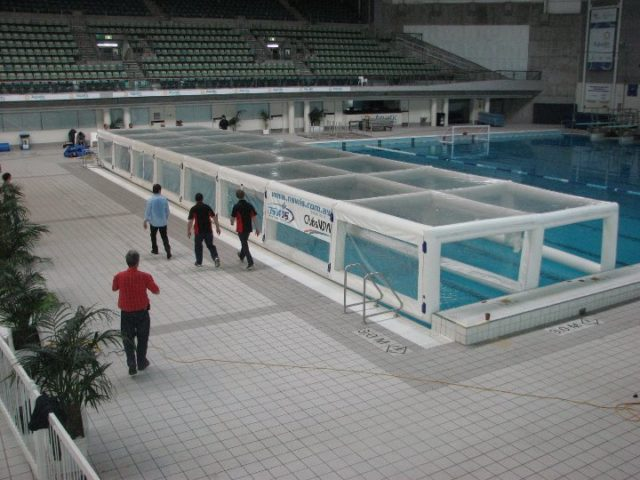 Nswis Launches A World First Altitude Training Pool Cover Swimmer 39 S Daily