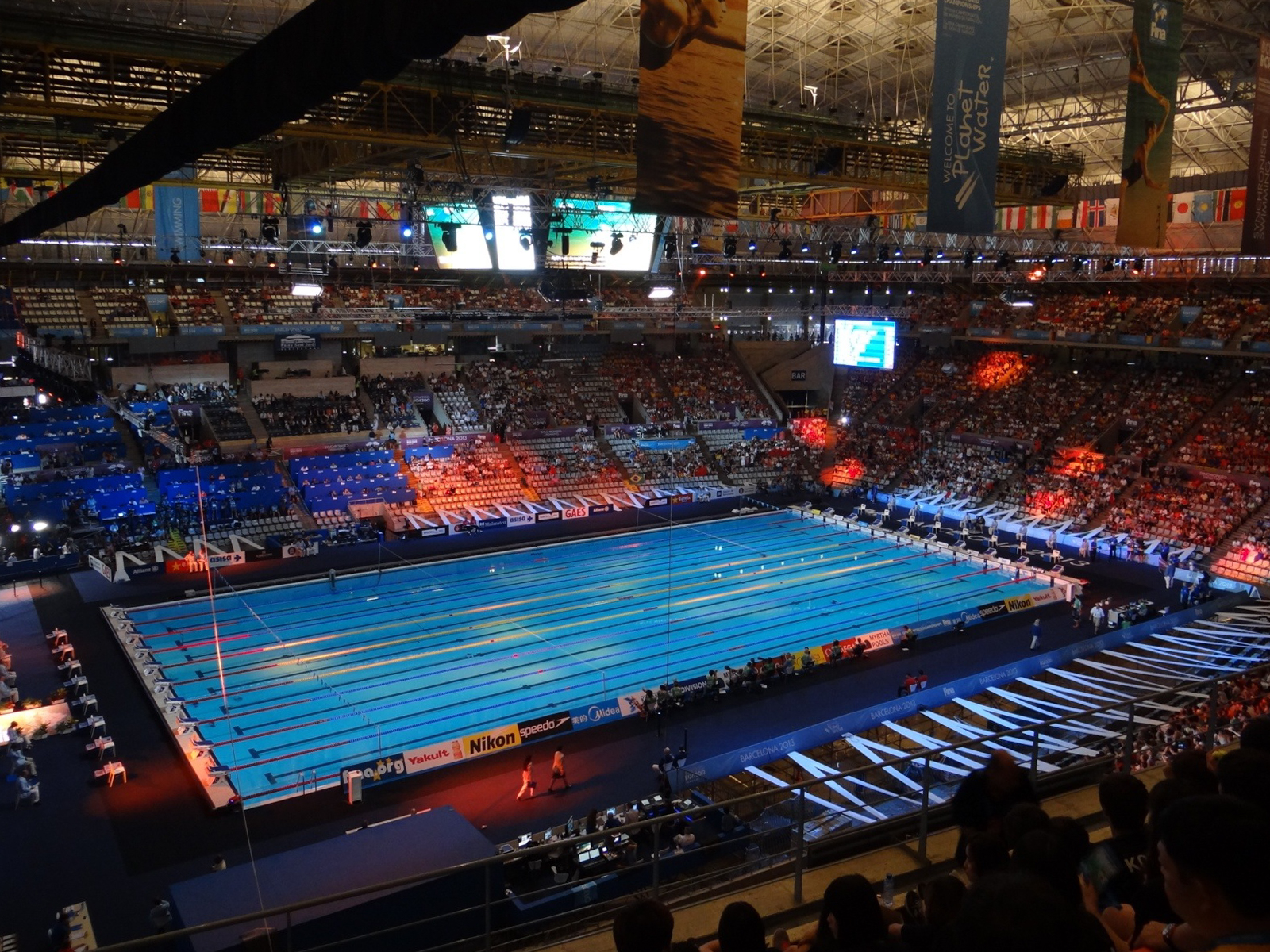 Myrtha admits possible current in barcelona 2013 pool for Pool show barcelona