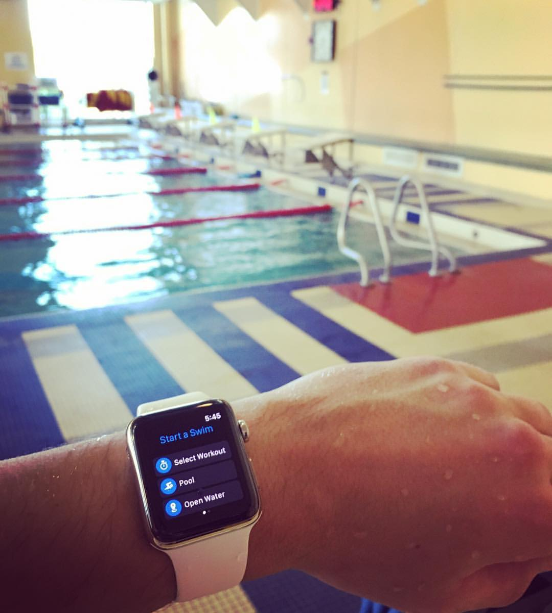 apple-watch-pool-swim-myswimpro